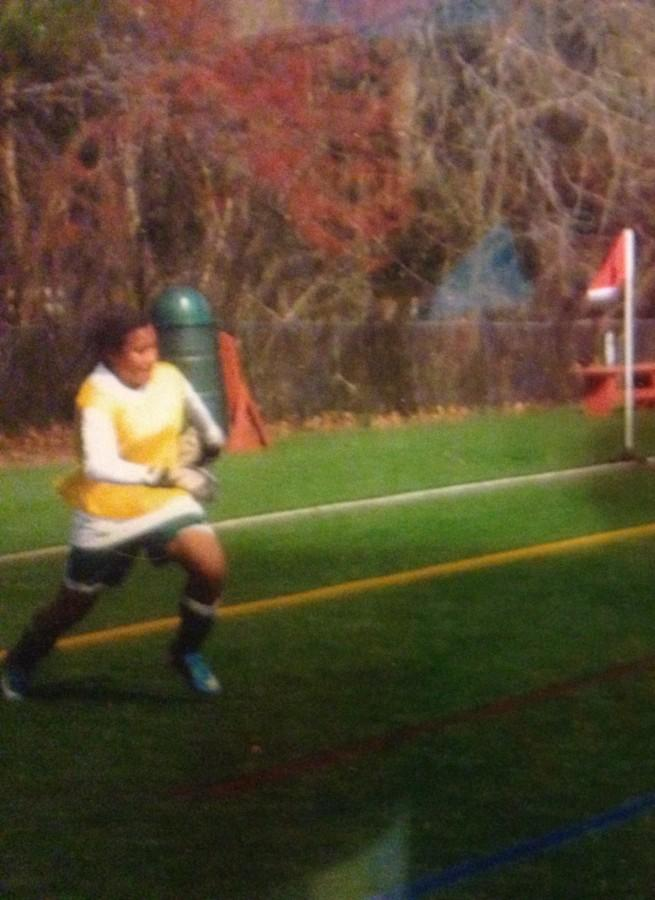 Soccer+player+Cayla+White+playing+her+favorite+position%2C+goalie.