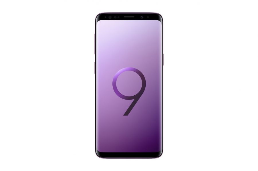 The  full body of the Samsung s9, showing off it's infinity display