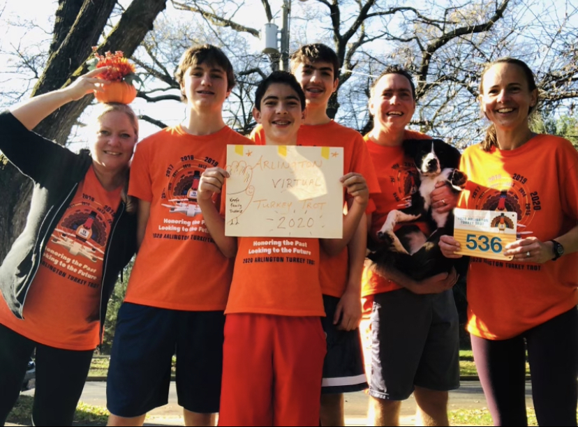 The+Keefe+family+participates+in+the+virtual+Turkey+Trot.+The+route+they+chose+ended+at+Lyon+Park%2C+where+the+race+would+have+begun+in+another+year.%0A