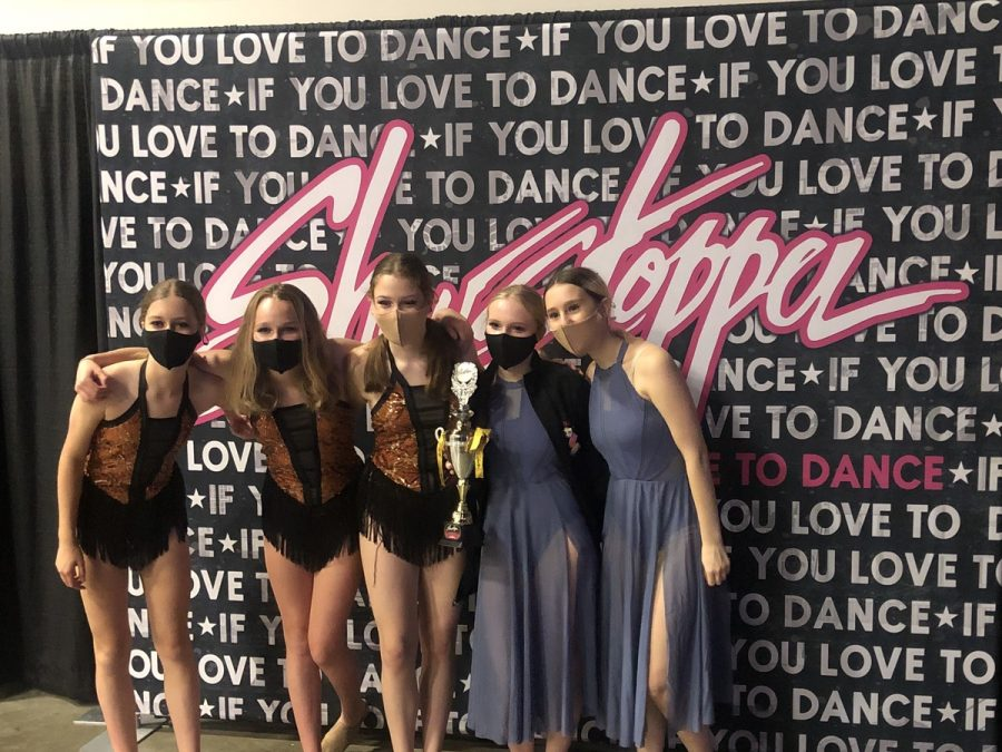 Hillarys+Dance+Company+at+a+competition